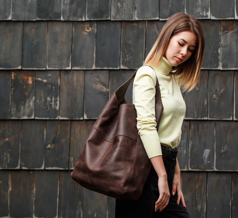 жіноча хобо сумка