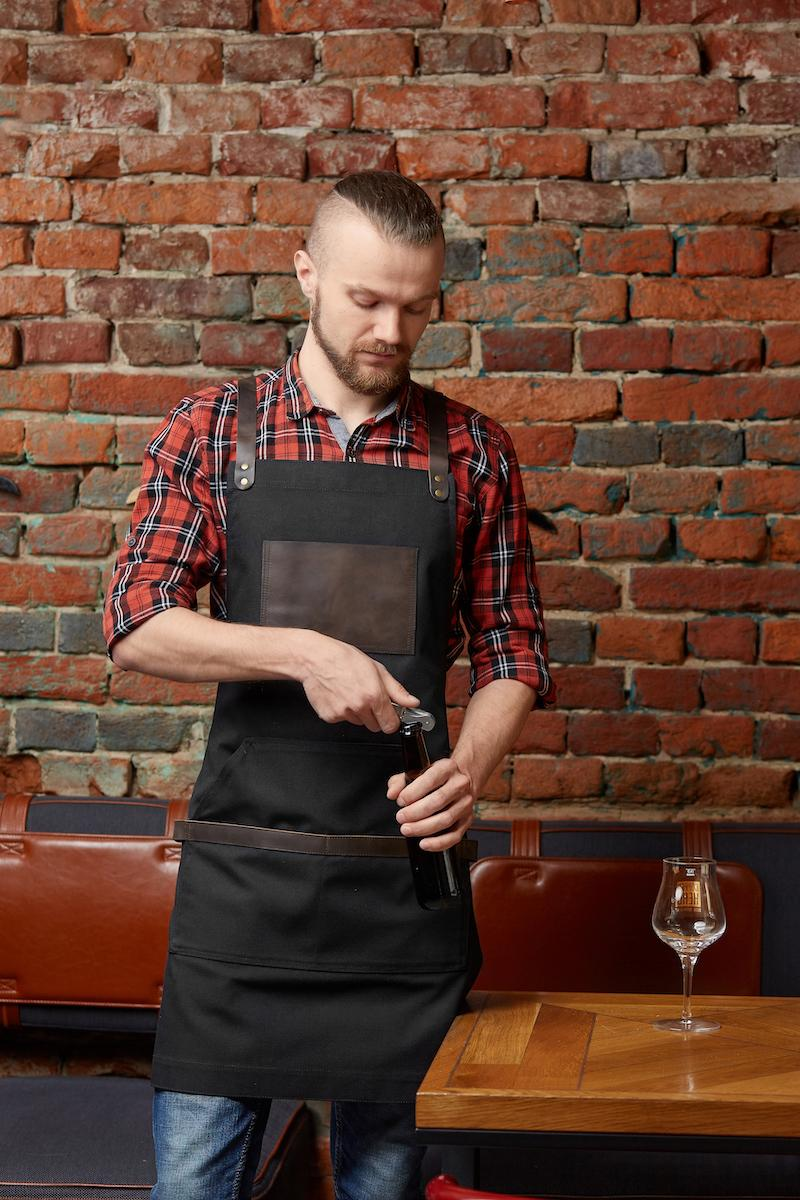 чорний яоловічий фартух для офіціанта
