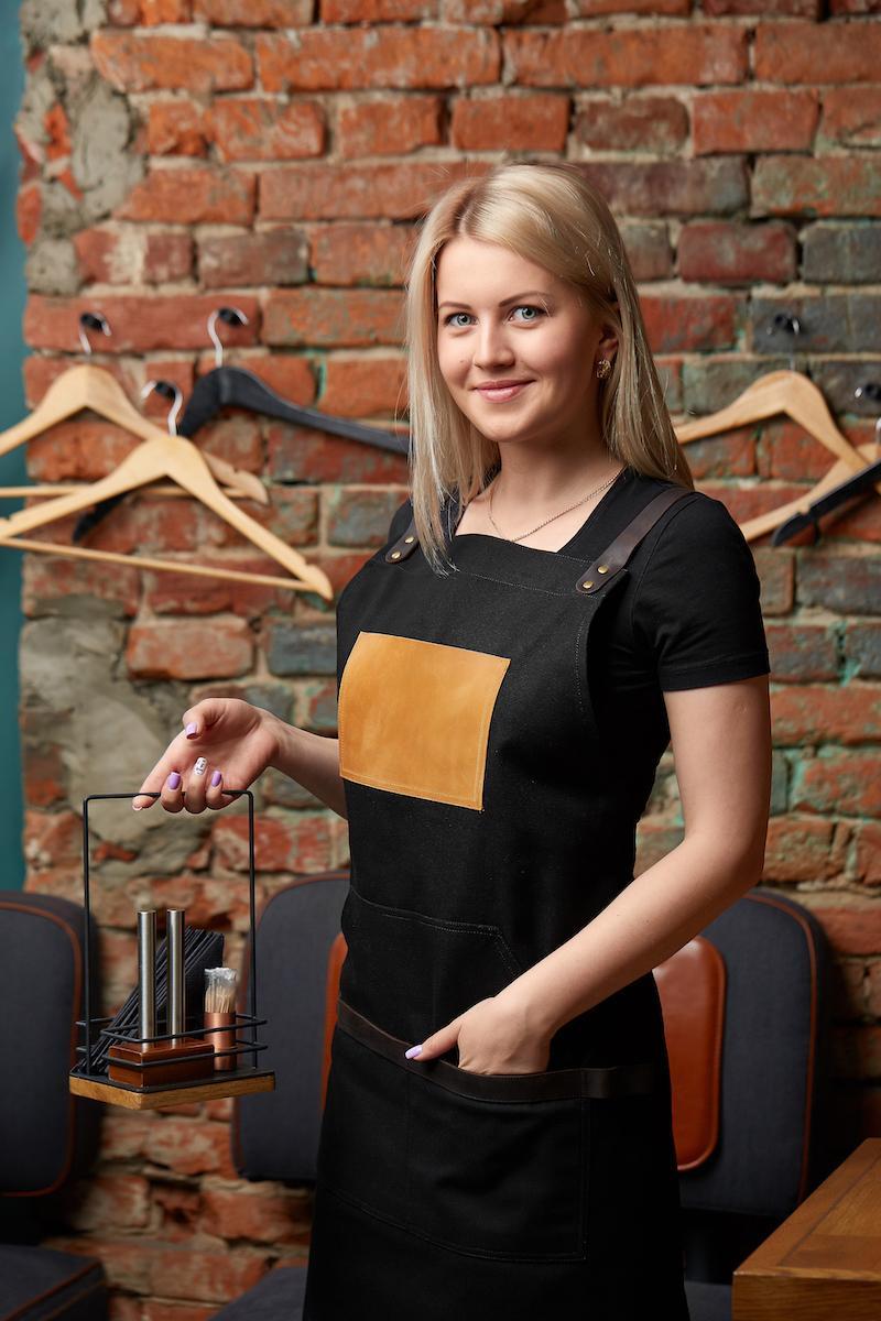 чорний жіночий фартух для офіціанта