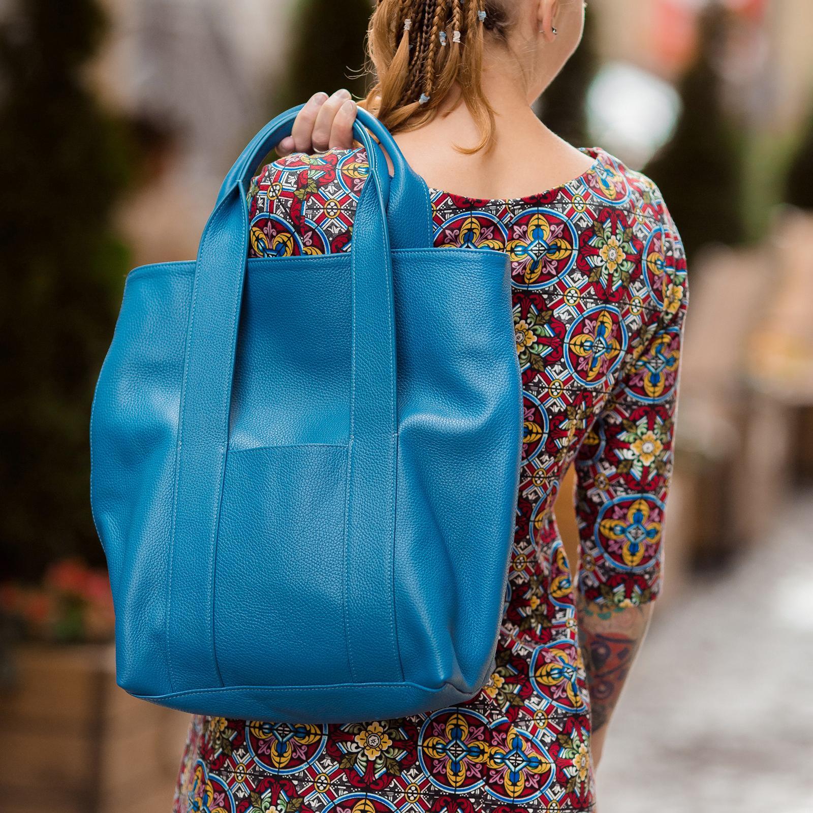 Фото: сумка тоут шкіра синього кольору