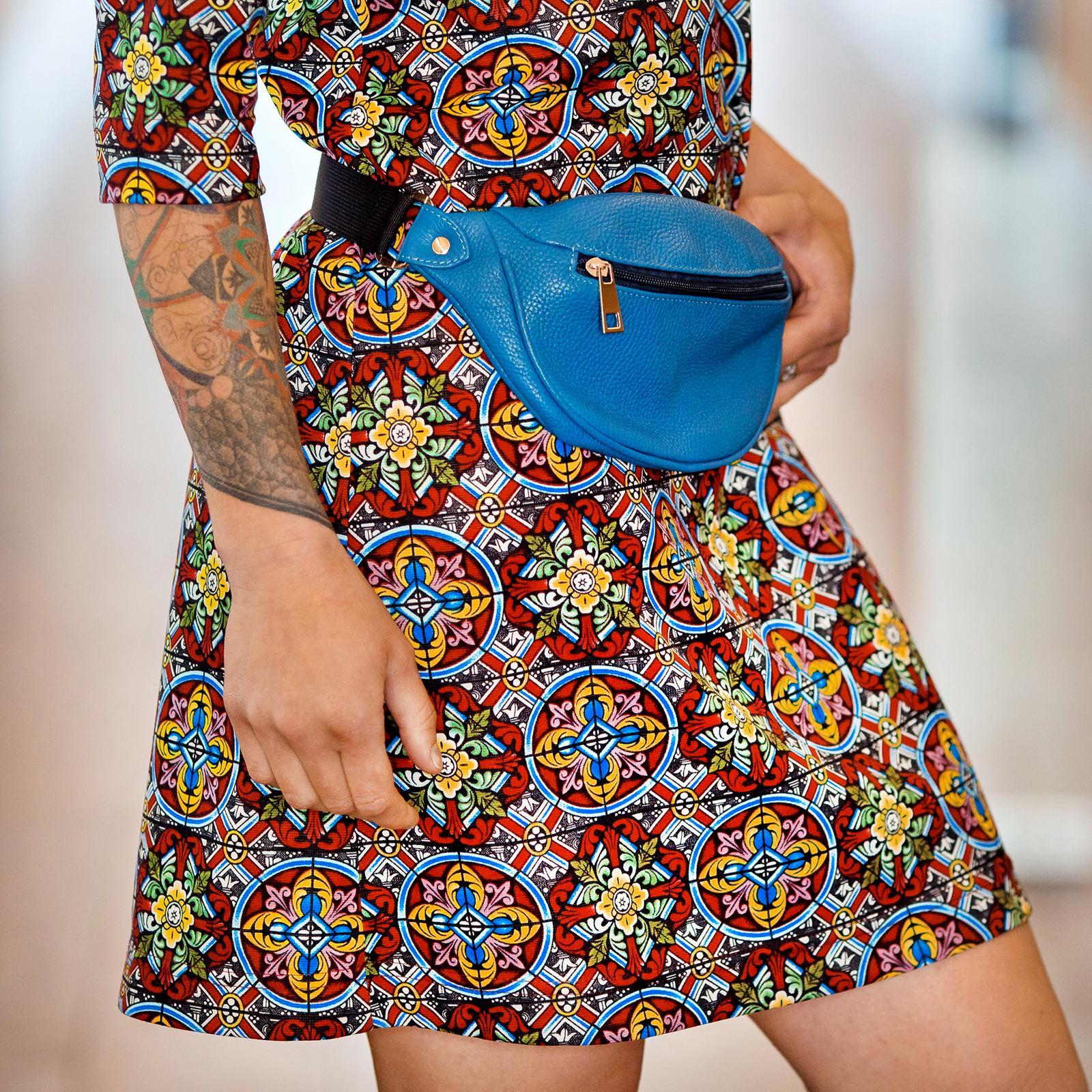 Фото: сумка на пояс зі шкіри